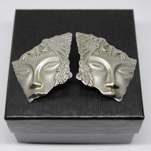 ✨VTG✨ Face Post Earrings